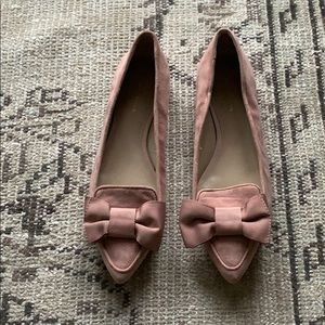 Ann Taylor blush suede bow pointy toe flats